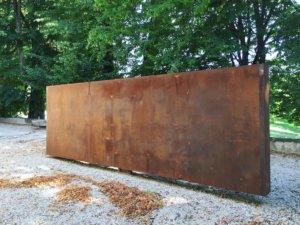 chateau de vullierens2 sculpture de etienne kraehenbuhl 300x225 - Etienne Krähenbühl