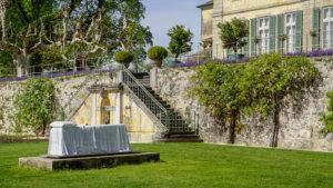 chateau de vullierens1 sculpture de dorothy cross 300x169 - Dorothy Cross - 2018