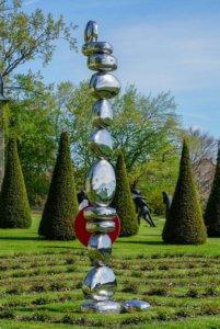chateau de vullierens1 sculpture de pol quadens 201x300 - Pol Quadens - 2018