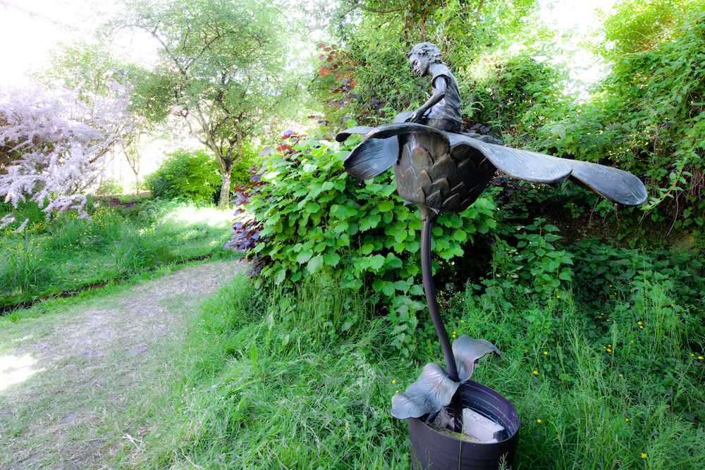 Sculpture du jardin secret.