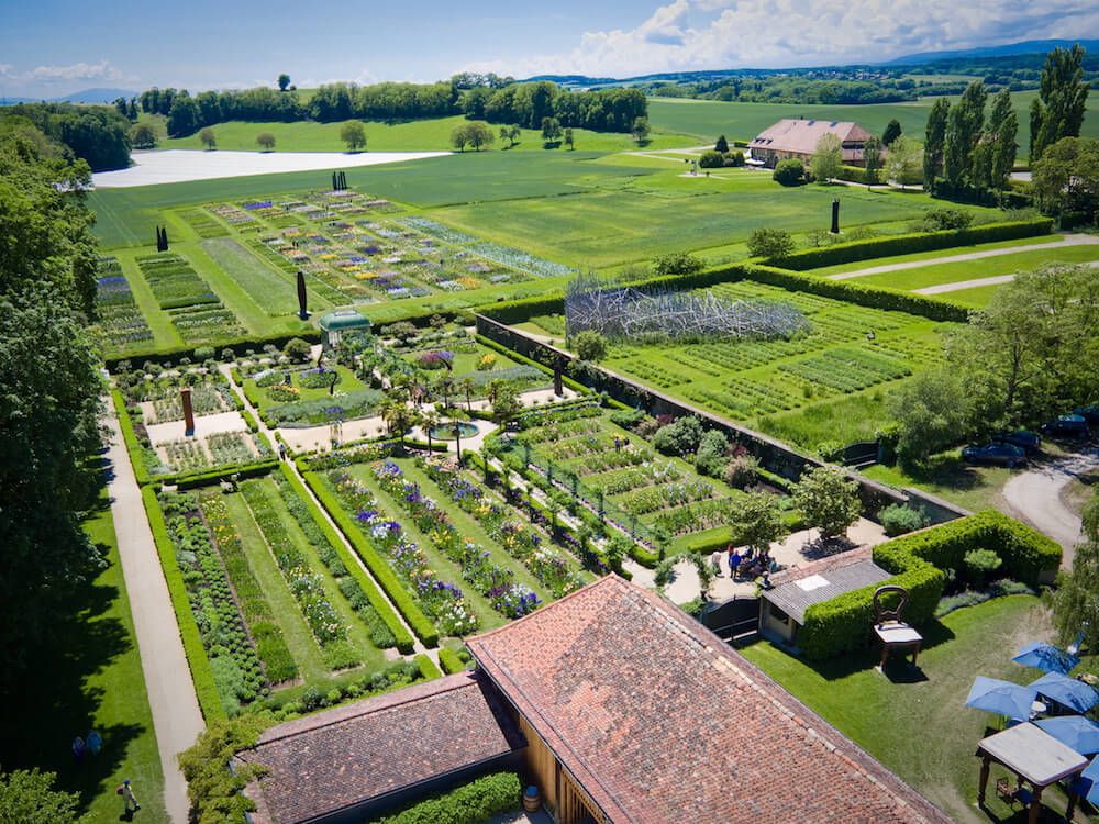 chateau de vullierens4 vue arienne des jardins - NV6 - DARING DECEPTION
